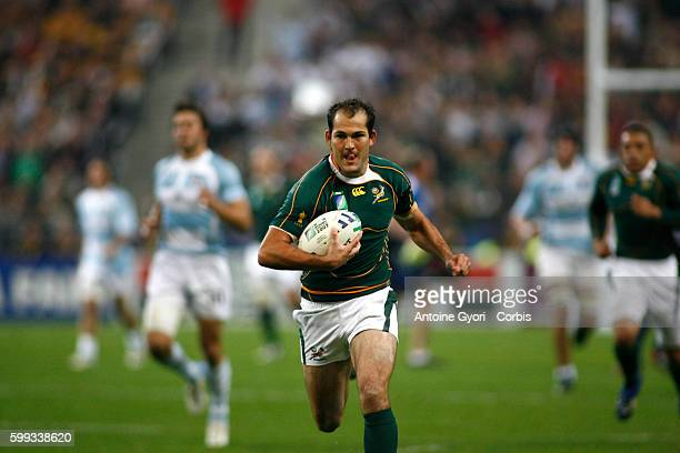 Fourie Du Preez during the IRB World Cup rugby semi final between South Africa and Argentina.   Location: Saint Denis, France.
