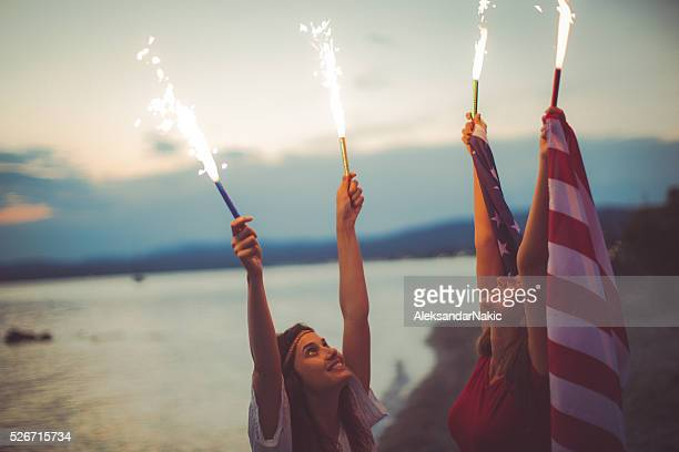 fourth of july celebration - independence day stock pictures, royalty-free photos & images