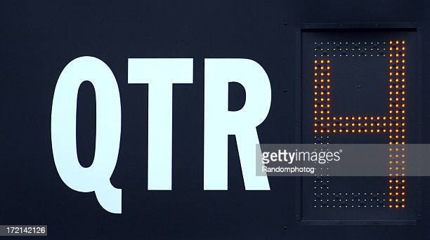 fourth quarter - scoreboard stock pictures, royalty-free photos & images