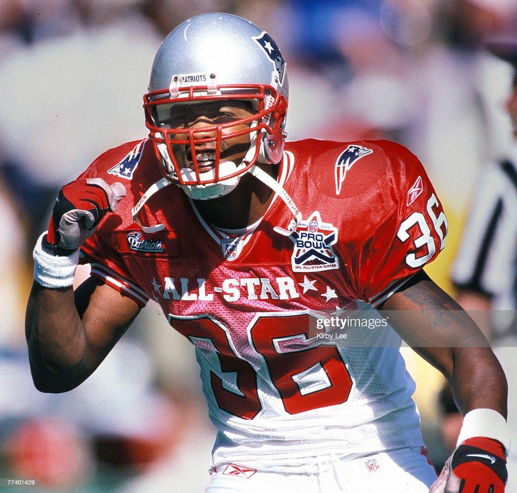 NFL Pro Bowl - Febuary 9, 2002 : News Photo