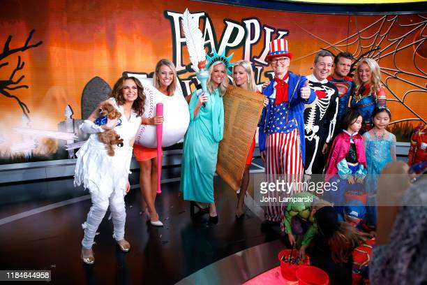 Fox anchors Jedediah Bila Carley Shimkus Janice Dean Ainsley Earhardt Steve Doocy Ed Henry Pete Hegseth Jennifer Rauchet and children participate in...
