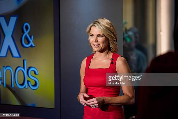 Fox Newscaster Heather Nauert tells the news during Eric Stonestreet and Mother Jamey Stonestreet Visit Fox Friends at FOX Studios on May 5 2016 in...