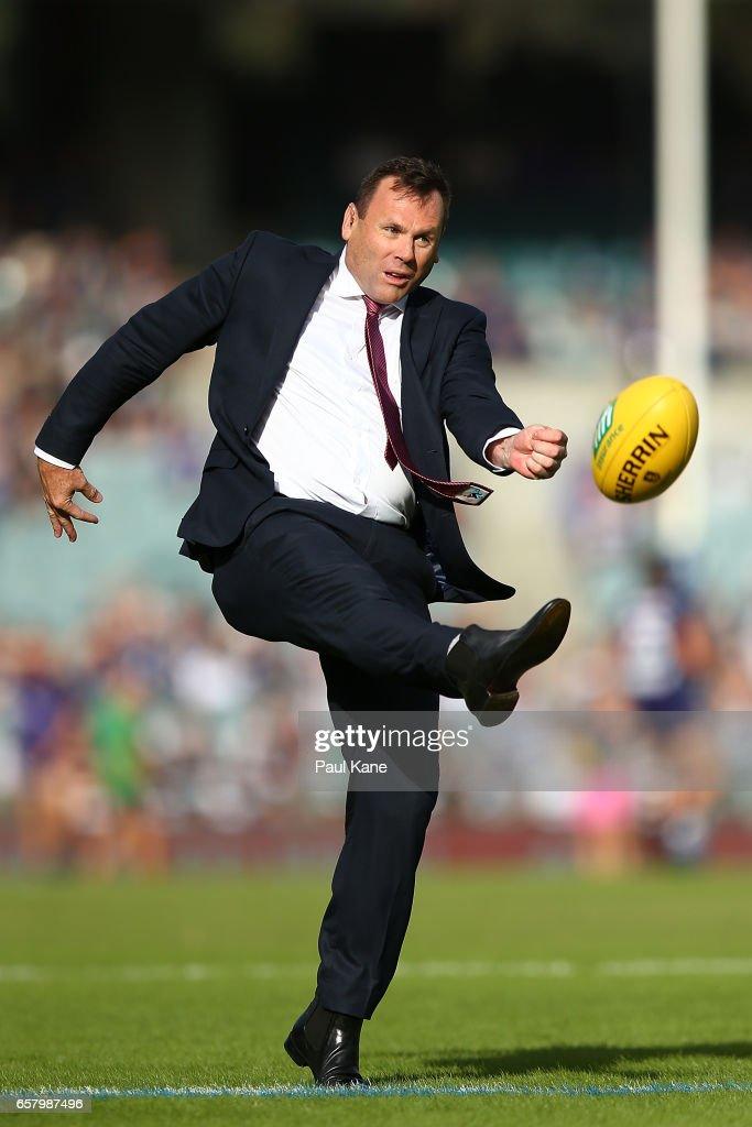 AFL Rd 1 - Fremantle v Geelong