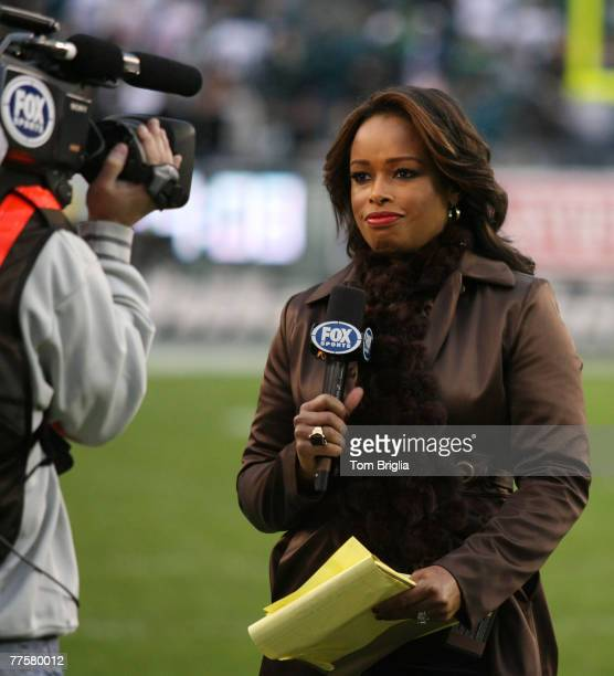 Fox Sports TV Commentator Pam Oliver on the sidelines during the game The Eagles went onto beat the New York Giants 2320 with a last second field...