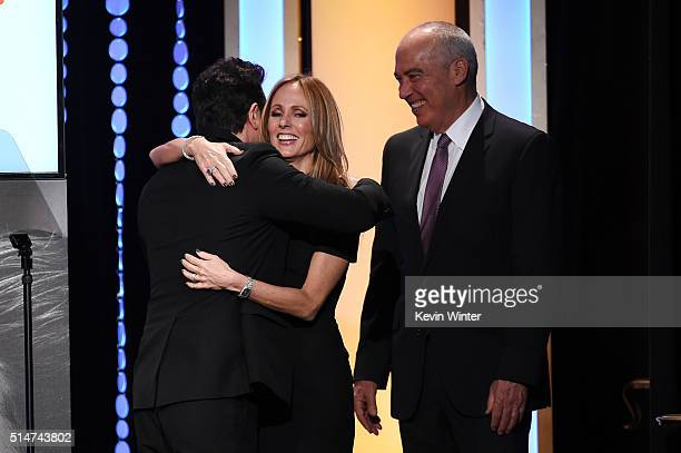 Fox Television Group Chairman/CEO Dana Walden and Fox Television Group Chairman/CEO Gary Newman accept the National Champions for Children Award from...