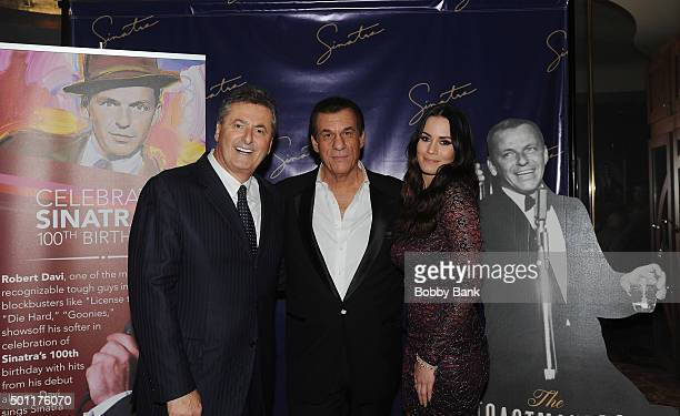 Foxwoods Felix Rappaport singer/actor Robert Davi and his daughter Ariana Marie Davi at the 'Sinatra Tribute' dinner at Al Dente restaurant to...