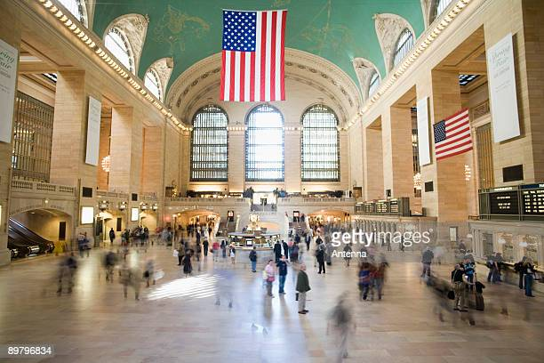 foyer of grand central station, manhattan, new york city - grand central station stock photos and pictures