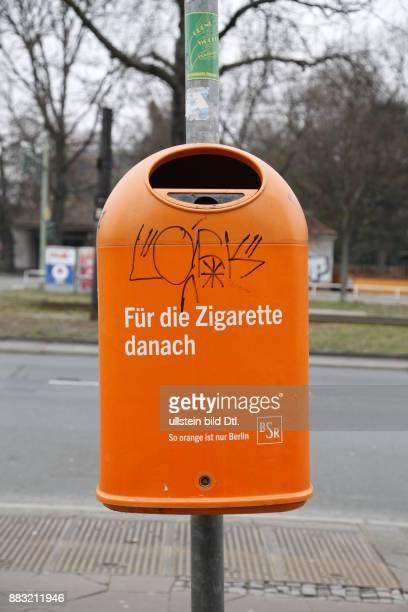 'Für die Zigarette danach' BSR Mülleimer in Berlin Wedding
