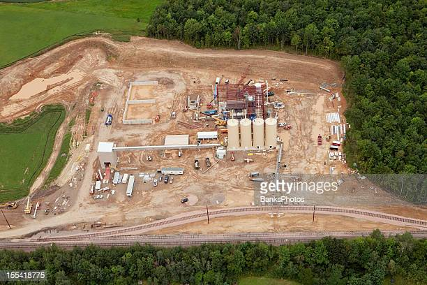 frac sand processing facility construction aerial - fracking stock pictures, royalty-free photos & images
