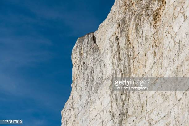 fractured high section of the seven sisters chalk cliffs, east sussex, uk - chalk rock stock pictures, royalty-free photos & images