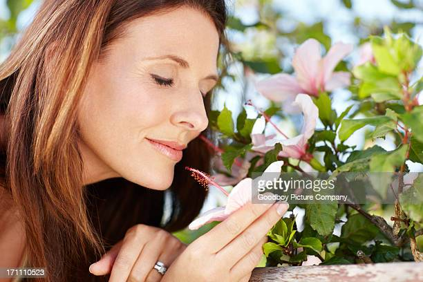 Fragrance to lift her spirits - Nature