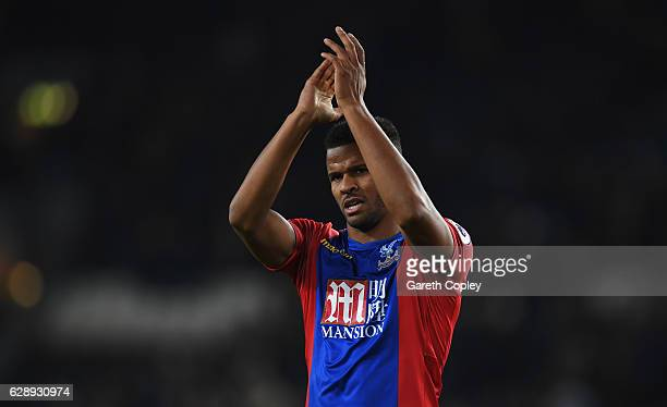 Fraizer Campbell of Crystal Palace applauds the travelling fans after the Premier League match between Hull City and Crystal Palace at KCOM Stadium...