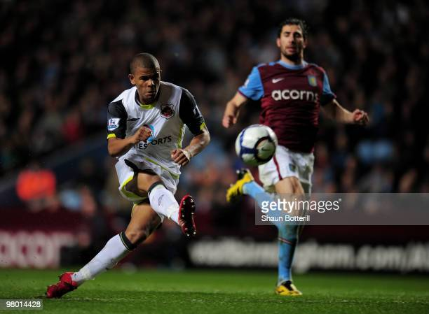 Fraizer Campbell of Sunderland scores during the Barclays Premiership League match between Aston Villa and Sunderland at Villa Park on March 24 2010...