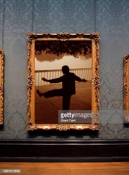 framed photograph hanging on wall. - ええじゃないか 発祥の地 ストックフォトと画像