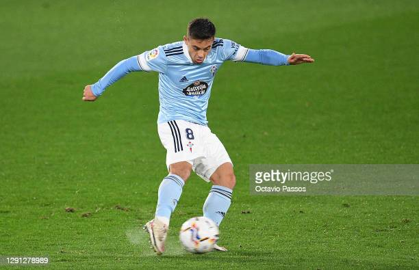 Fran Beltran of Celta Vigo scores his sides third goal during the La Liga Santander match between RC Celta and Cadiz CF at Abanca-Balaídos on...
