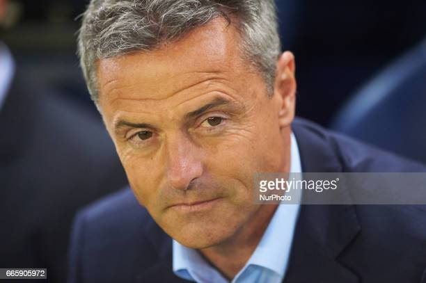 Fran Escriba head coach of Villarreal CF during their La Liga match between Villarreal CF and Athletic Club de Bilbao at the Estadio de la Ceramica...
