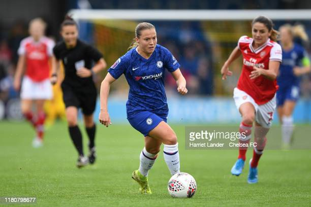 Fran Kirby of Chelsea runs with the ball during the Barclays FA Women's Super League match between Chelsea and Arsenal at Kingsmeadow on October 13...