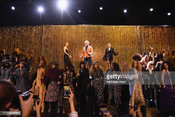 Fran Summers Barry Manilow and Bella Hadid perform onstage during the Michael Kors Collection Fall 2019 Runway Show at Cipriani Wall Street on...
