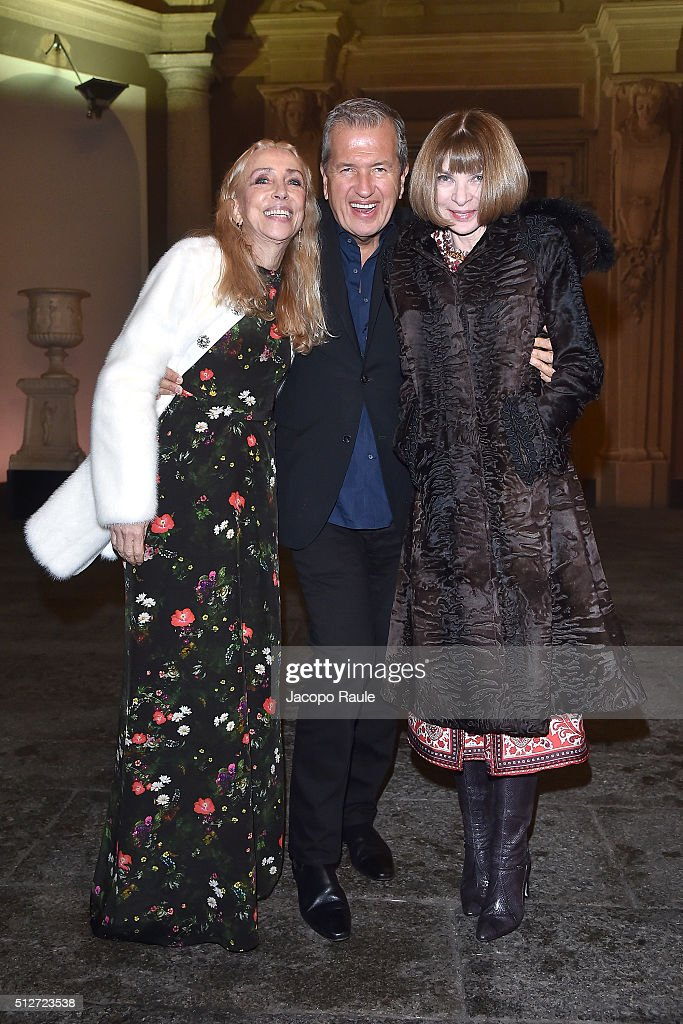 Franca Sozzani, Mario Testino and Anna Wintour attend Vogue Cocktail Party honoring photographer Mario Testino on February 27, 2016 in Milan, Italy.