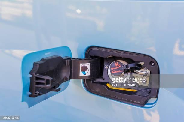 Présentation publique du premier véhicule utilitaire électrique de série équipé avec un prolongateur d'autonomie doté d'une pile à hydrogènele 5...