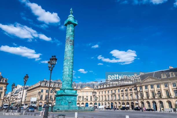 france, 1st arrondissement of paris, place vendome and colonne d'austerlitz - ヴァンドーム広場 ストックフォトと画像