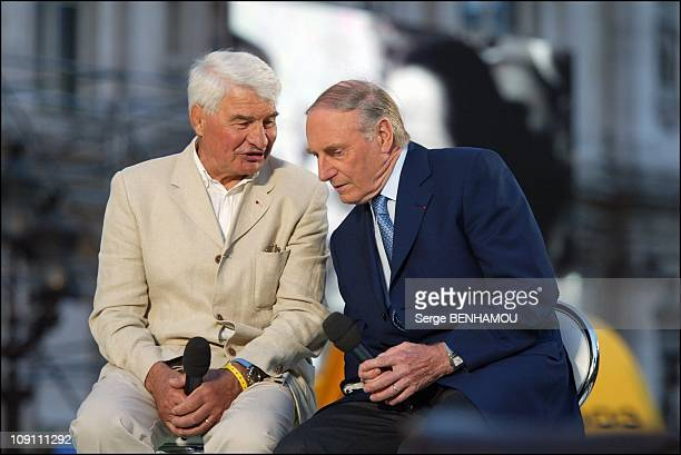 France 2 Special Tv Show To Celebrate The 100Th Anniversary Of The Tour De France On July 3 2003 In Paris France Raymond Poulidor With Andre Darrigade