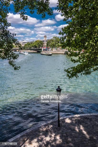 france, 4th arrondissement of paris, ile saint-louis, the seine river - paris island stock photos and pictures