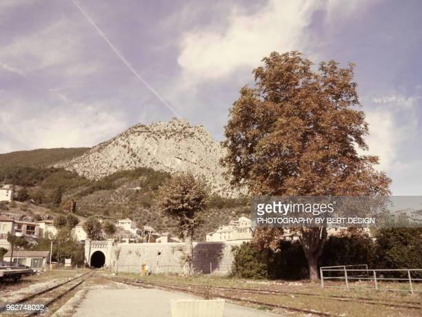france, alpes de haute provence, entrevaux, train des pignes historic train, entrevaux station - alpes de haute provence stock photos and pictures