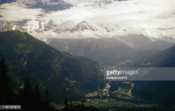 france alps provence high alps mountains - isere stock pictures, royalty-free photos & images