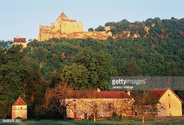 France, Aquitaine, Dordogne, chateau and farmhouses