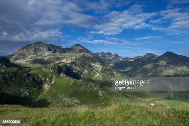 france, ariege, pyrenees, peak ruhle - アリエージュ ストックフォトと画像