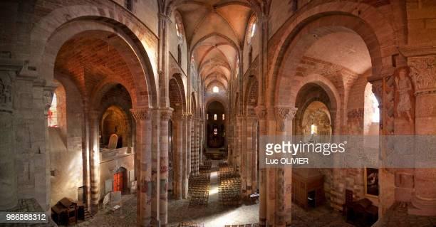 france, auvergne-rhones-alpes, haute-loire, brioude basilica - ブリウド ストックフォトと画像
