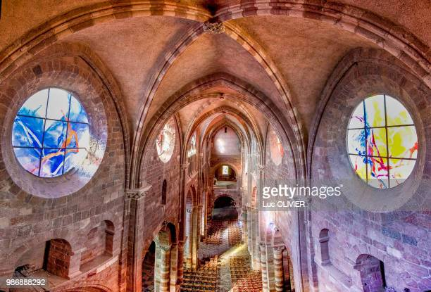 france, auvergne-rhones-alpes, haute-loire, saint-julien de brioude basilica - ブリウド ストックフォトと画像