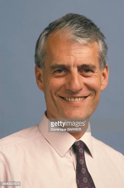 Close up Christian Boiron PDG des laboratoires Boiron de médicaments homéopatiques en avril 1990 France
