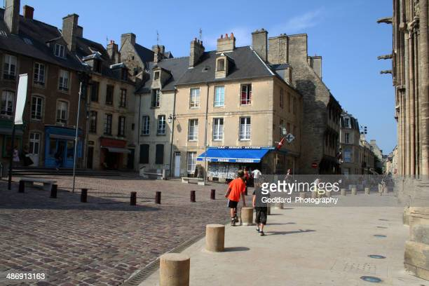 Francia: Bayeux street in Normandia