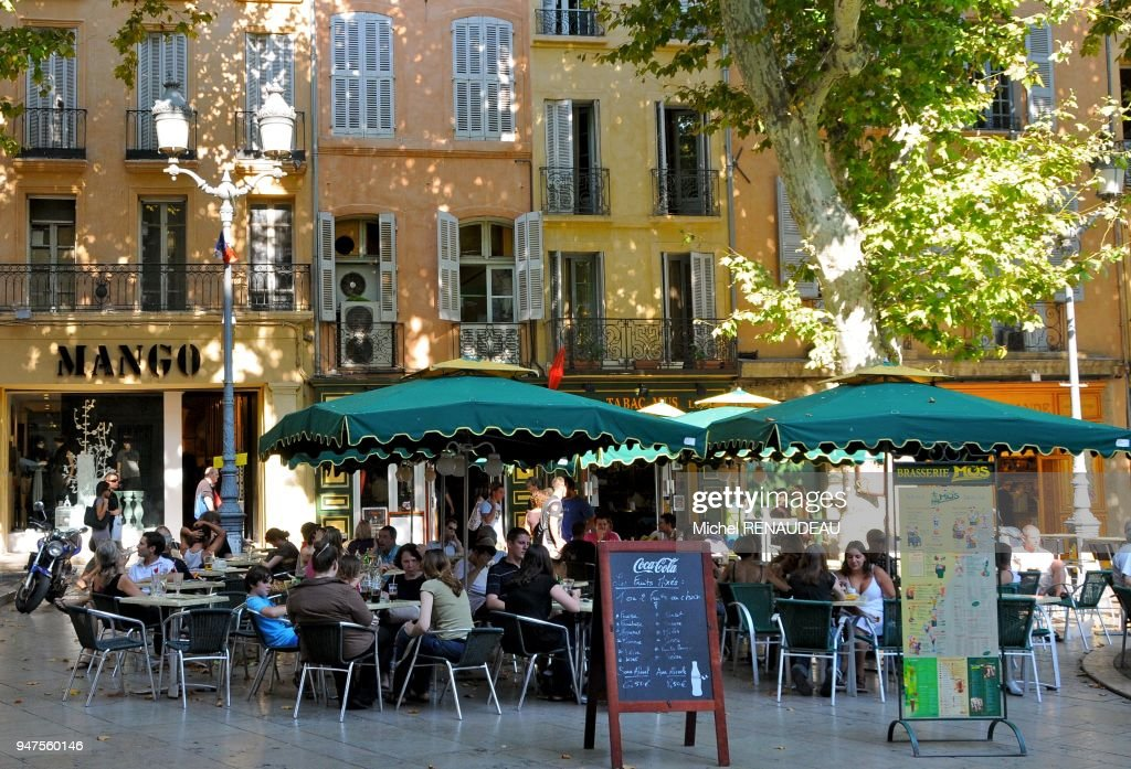 France Bouches Du Rhone Aix En Provence Terrasse De Cafe