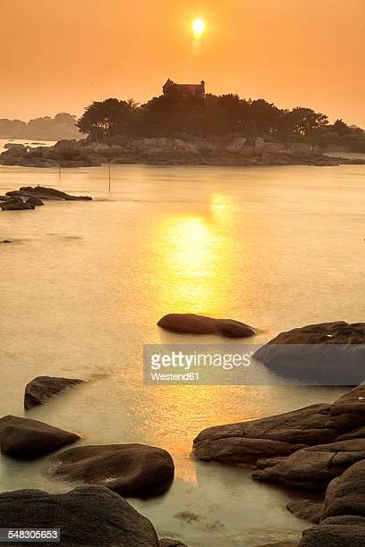 france, brittany, cote de granit rose - cotes d'armor stock photos and pictures