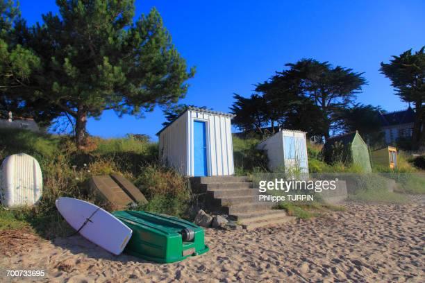 france, brittany. kervoyal beach. - golfe du morbihan photos et images de collection