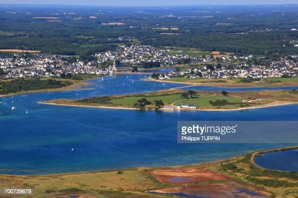 france, brittany, morbihan. gavres peninsula. aerial view. - loire atlantique photos et images de collection