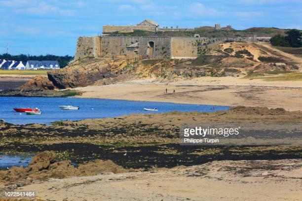 france, brittany, morbihan, quiberon, saint-pierre-quiberon. penthievre fortress. kerhostin - golfe du morbihan photos et images de collection