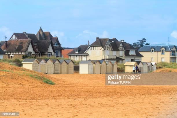 France, Calvados (14), Cote de Nacre, Ouistreham. Riva-Bella. Beach huts.
