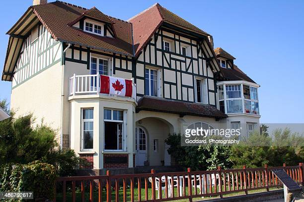 france: canada house at bernieres-sur-mer - juno beach normandy stock pictures, royalty-free photos & images