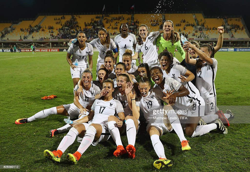 France celebrate their win over Japan after the FIFA U-20 Women's World Cup Papua New Guinea 2016 Semi Final match between Japan and France at Sir John Guise Stadium on November 29, 2016 in Port Moresby, Papua New Guinea.
