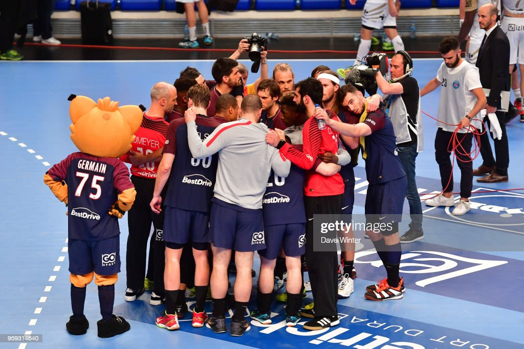 France celebrate winning the Lidl StarLigue match between Paris Saint Germain and Aix at Salle Pierre Coubertin on May 16, 2018 in Paris, France.