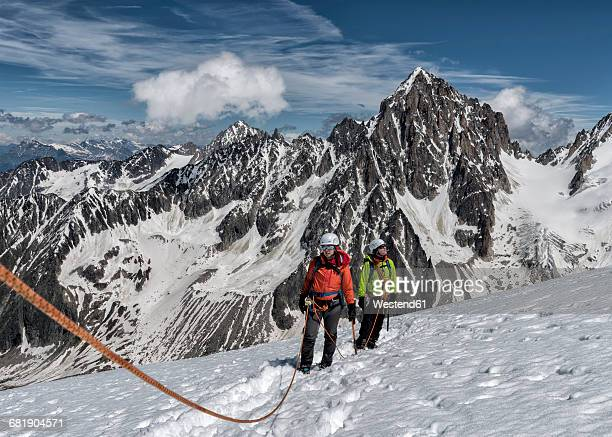 France, Chamonix, Alps, Petit Aiguille Vert, mountaineers