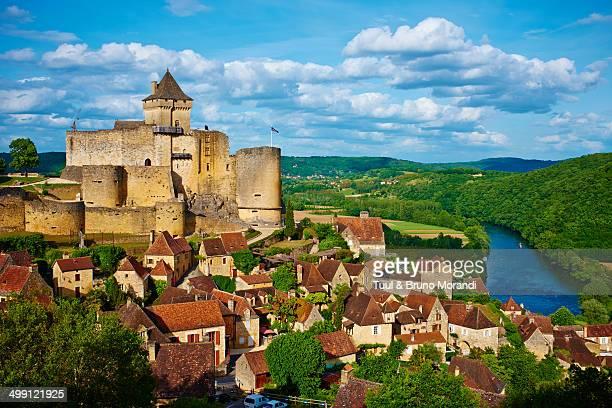 france, dordogne, castelnaud la chapelle - france stock pictures, royalty-free photos & images
