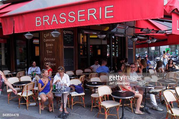 France Europe French Paris 1st arrondissement Rue Montorgueil L'esplanade Saint Eustache restaurant cafe brasserie tables chairs