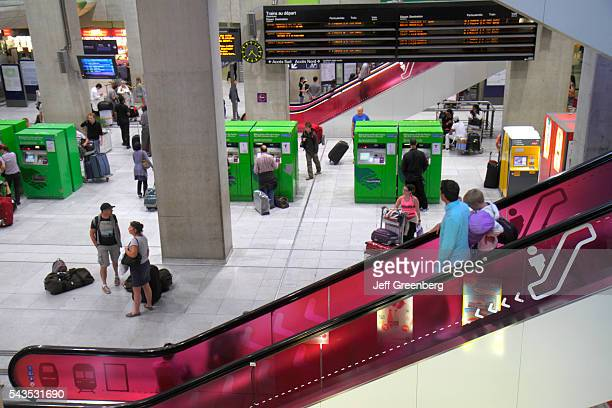 France Europe French Paris CDG Charles de Gaulle Airport ticket office train RER Metro SNCF RATP green vending machines self serve
