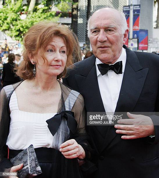 French actor Michel Piccoli and screenwriter Ludivine Clerc arrive 21 May 2005 for the closing ceremony of the 58th edition of the Cannes...