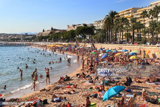 France, French riviera. Cannes. Public beach.